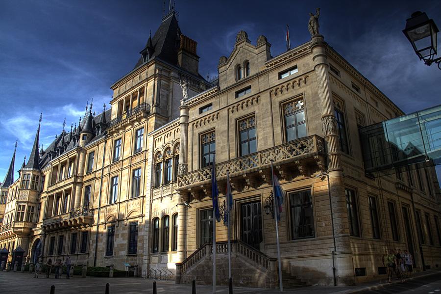 Grand Foyer Palais Du Luxembourg : Palais du grand ducal de luxembourg en hdr par joël rémy